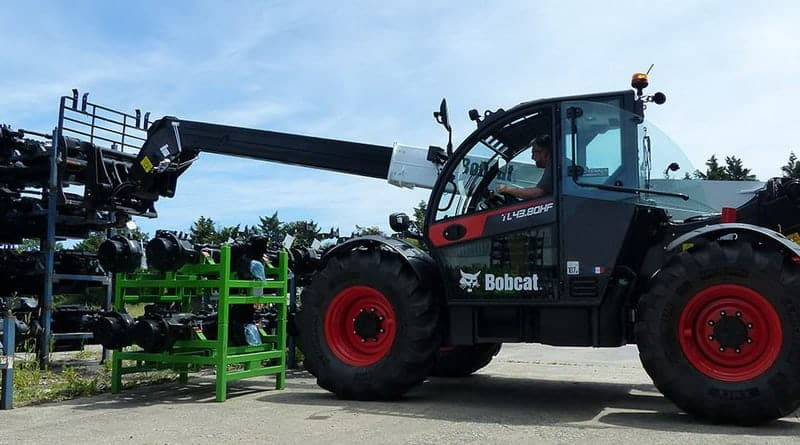 Bobcat Celebrates 60 Years with New Compact Telehandler