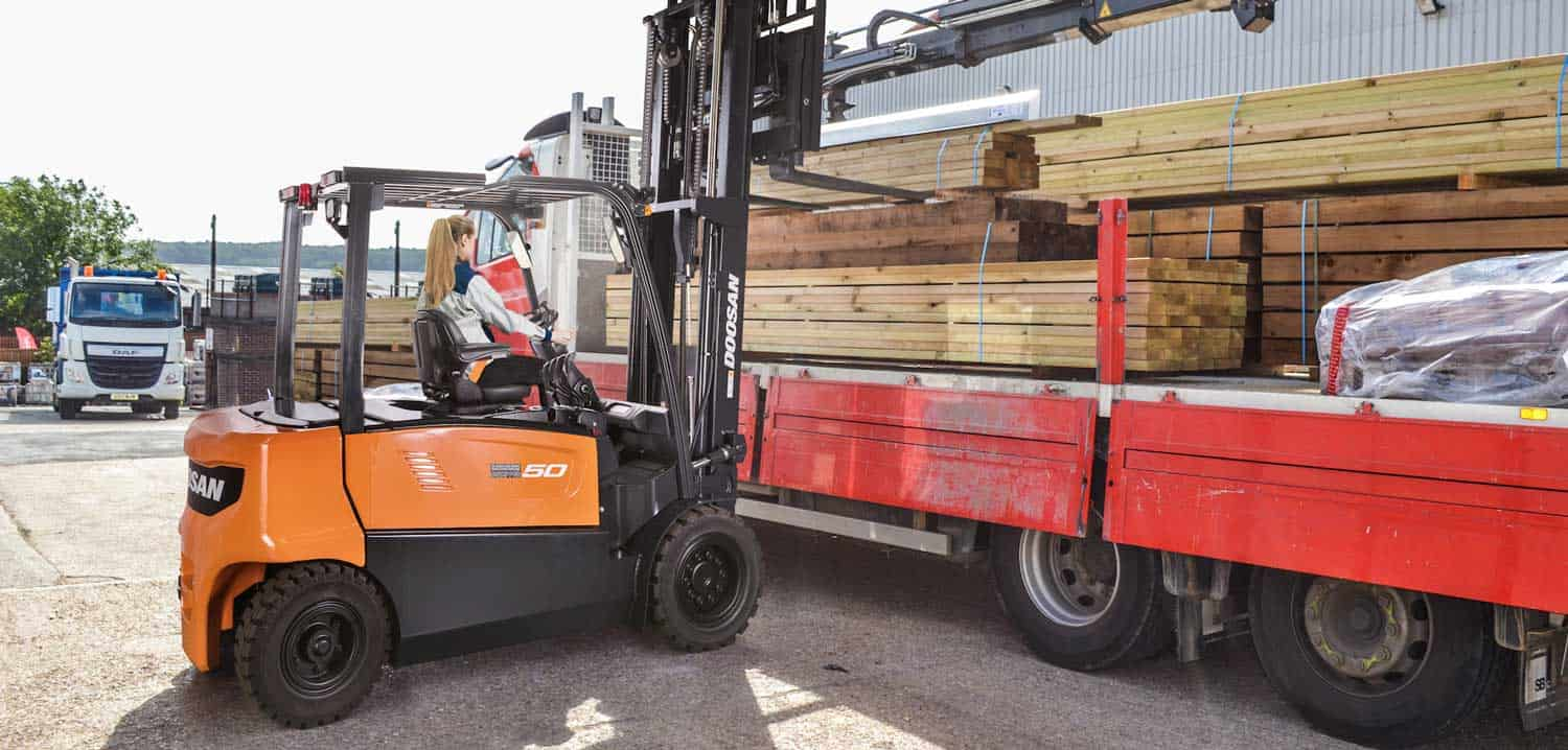 Doosan launches electric counterbalance forklift range