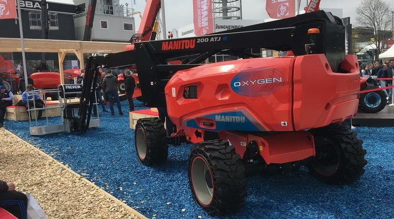 NEW MANITOU ELECTRIC BOOM