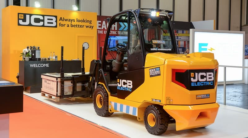 JCB presents new Teletruk at IMHX