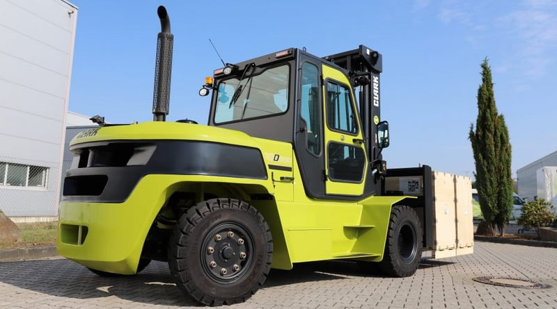 Clark Extends IC Counterbalance Range with 8t Model