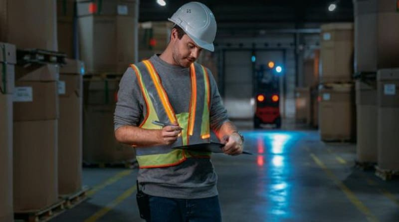 Linde Material Handling Develops Interactive Warning Vest
