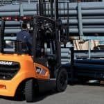 Doosan expands Euro Stage V compliant 9-Series forklifts with 2.0 – 3.5t capacity models.